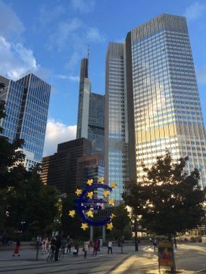 Kontoführungsgebühren Strafzinsen EZB