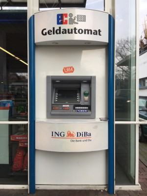 Geldautomat ING-DiBa Aral-Tankstelle