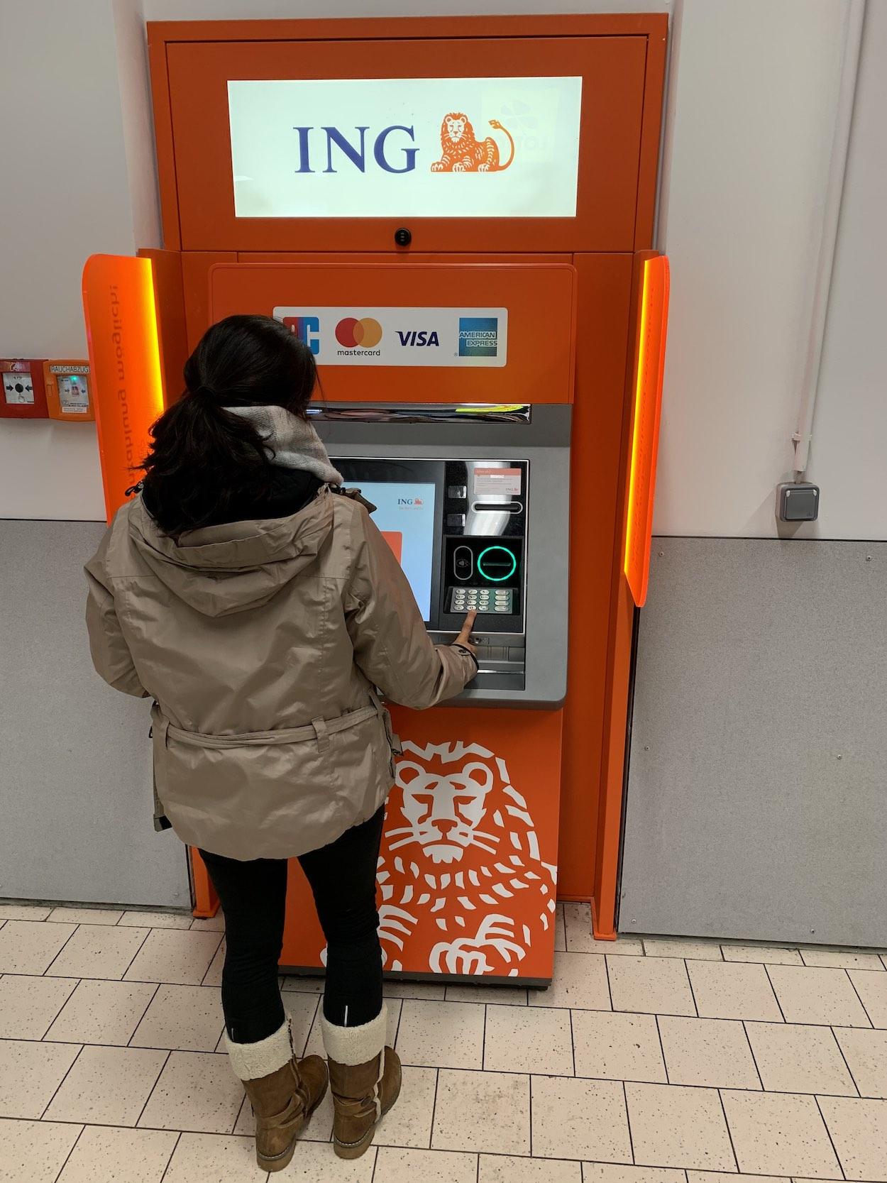 ING-Filiale Direktbank Geldautomat ING-DiBa